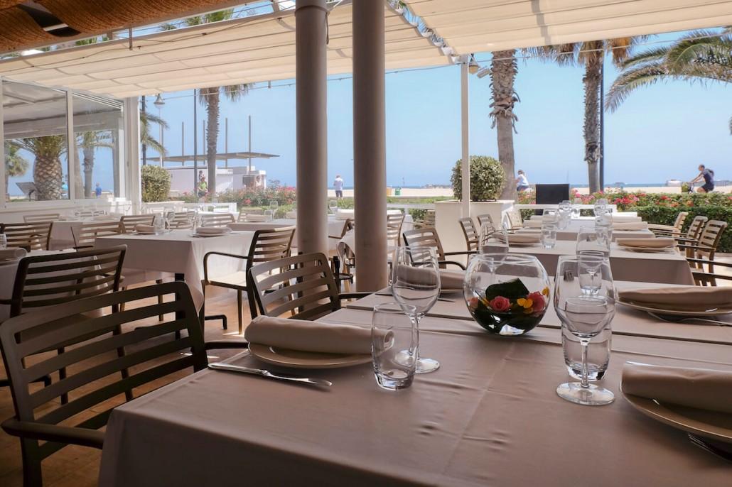Restaurantes rom nticos en valencia para san valent n for La comisaria restaurante valencia